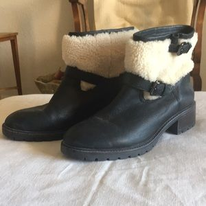 Coach Shoes - ❤️Big PD 💰🎉Coach leather with shearling boots.